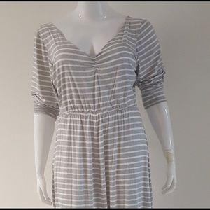 Dresses & Skirts - T-shirt maxi dress